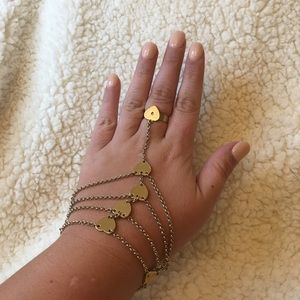 Hand jewelry heart shape ring & attached bracelet